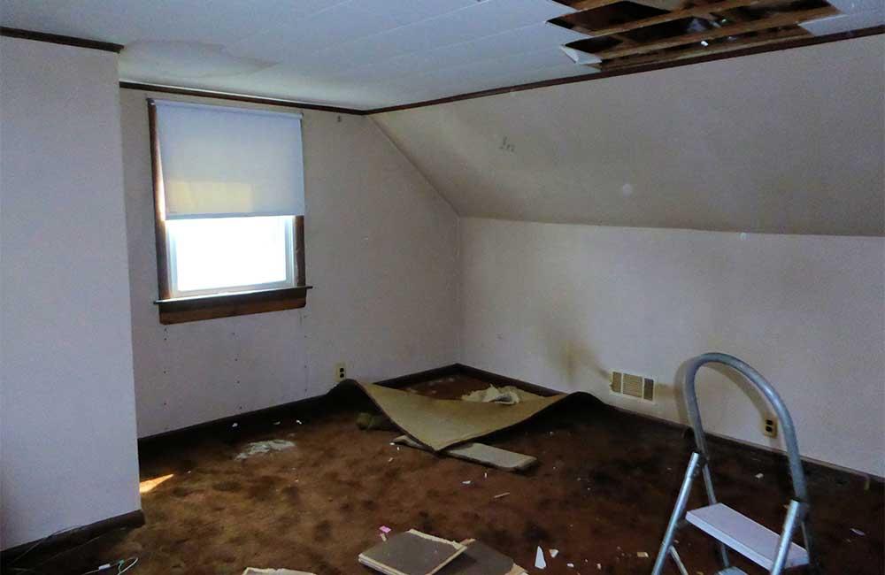 Robert Bedroom - Before